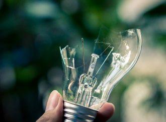Jak poradzić sobie z awarią elektryczną w domu?