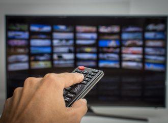 Jak zmienić zwykły telewizor w smart TV? To proste!