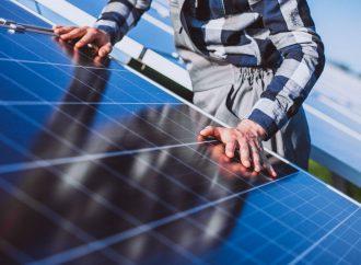 Dlaczego odnawialne źródła energii się opłacają?