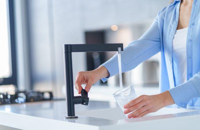Bateria do wody gazowanej – smart gadżet w Twojej kuchni