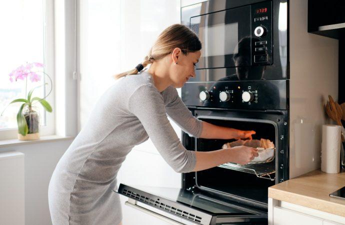 Nowoczesny piekarnik do Twojej kuchni – ciekawe funkcje