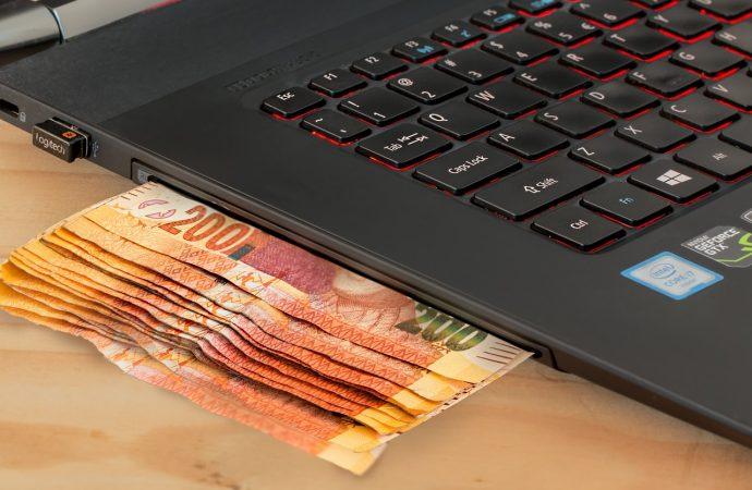 Hazard w Internecie – niebezpieczny trend rozwija się w szalonym tempie