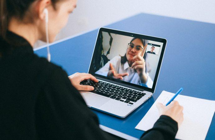 Nowe inteligentne urządzenia do wideokonferencji na rynku od Jabra