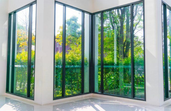 Szyby przeciwsłoneczne – sposób na większy komfort w domu?