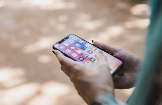 Tanie smartfony na rynku coraz bardziej popularne